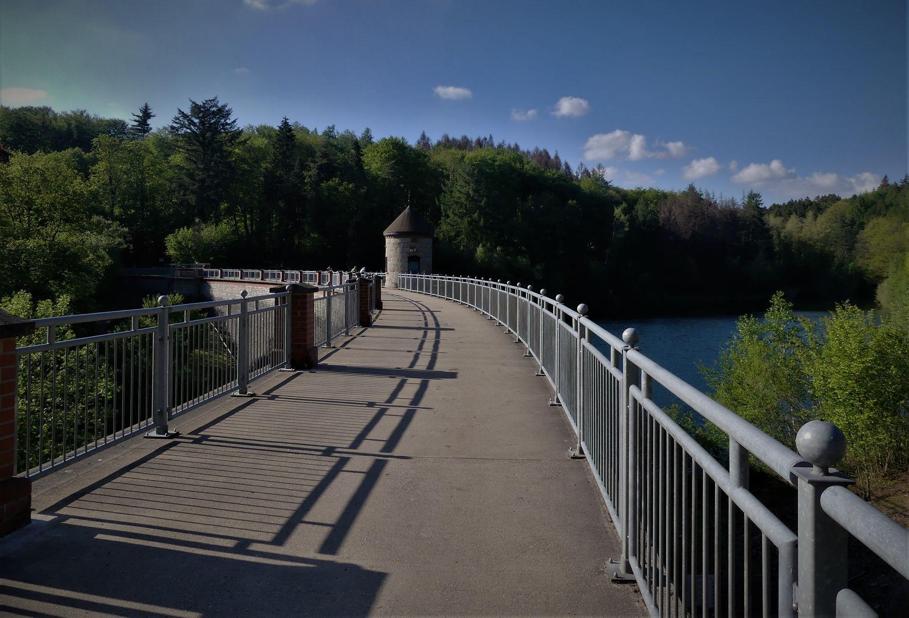 Плотина Плотина водоём Ронсдорф Германия
