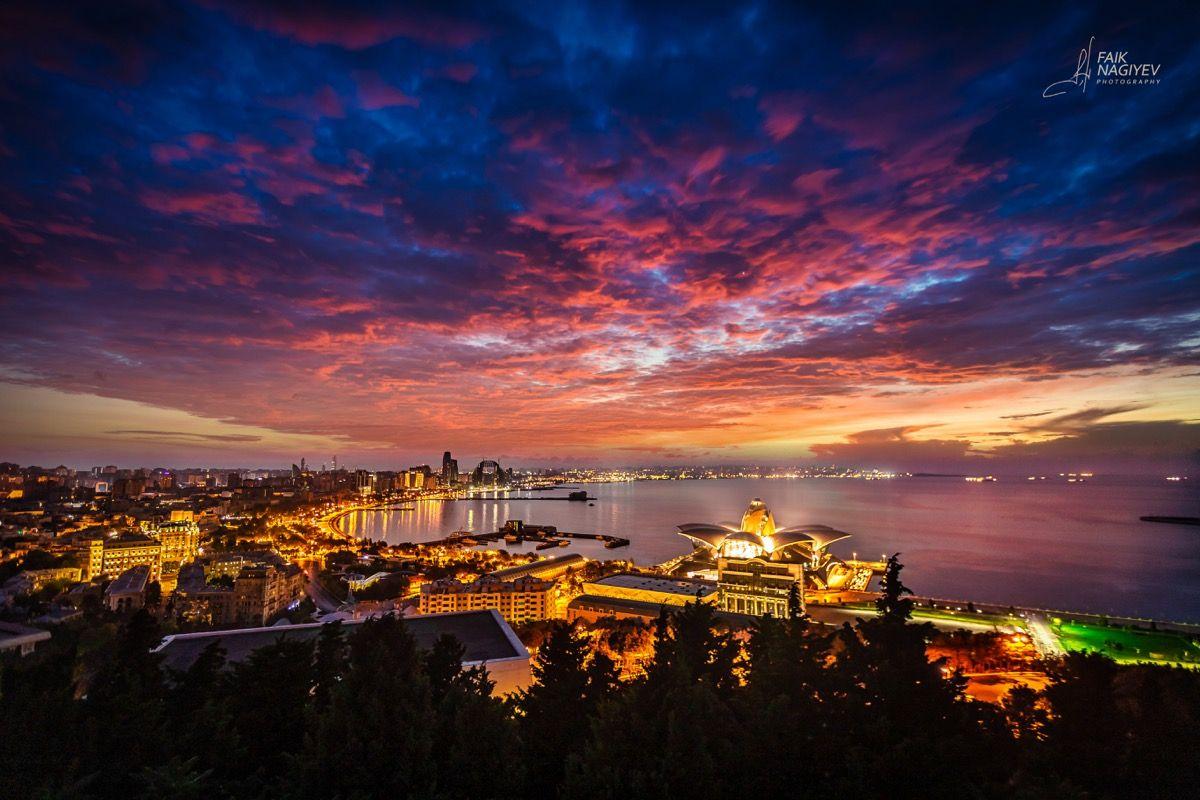 Утренний Баку