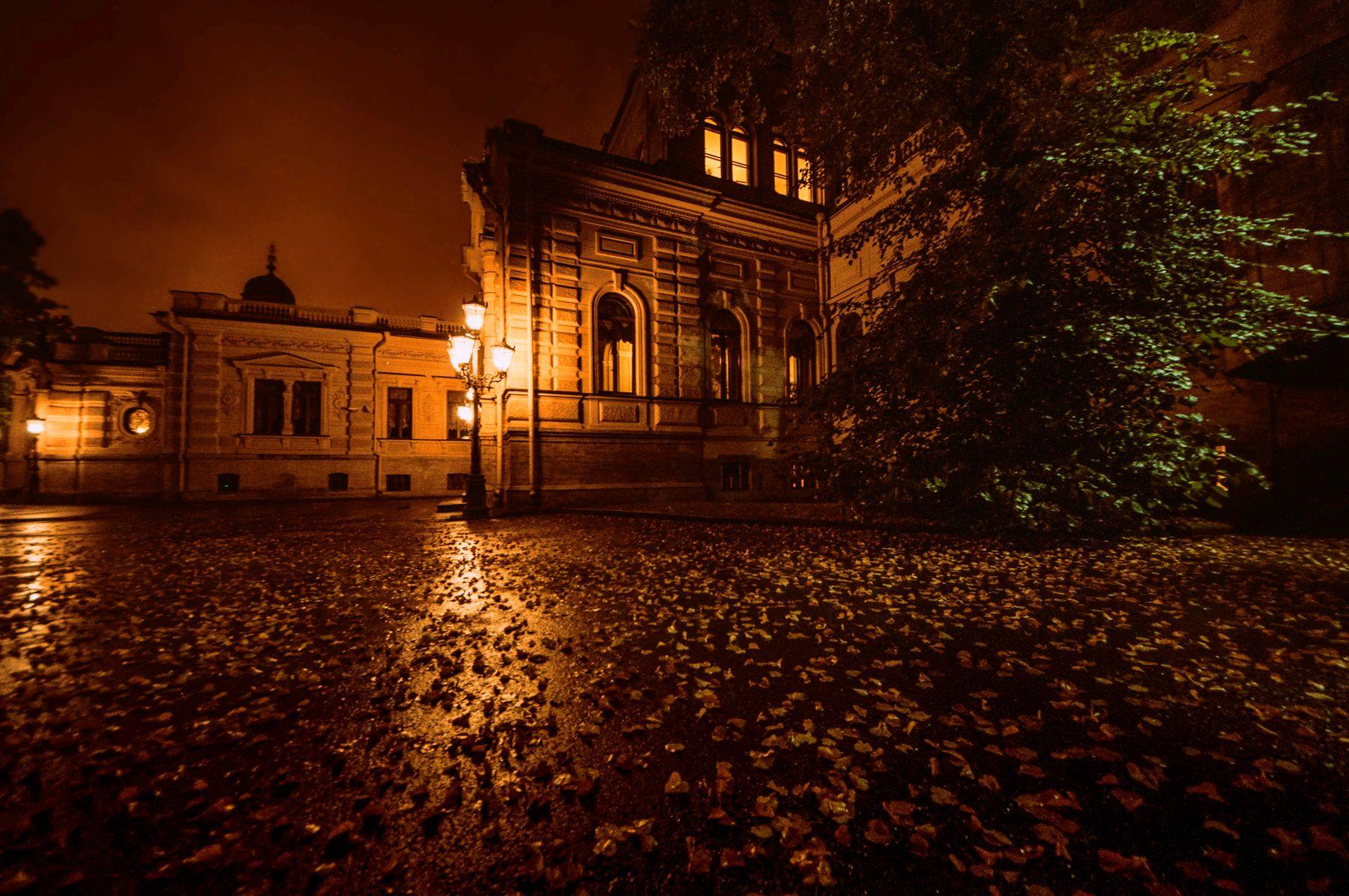 Осенний вечер в Коломне Санкт-Петербург осень листья Коломна