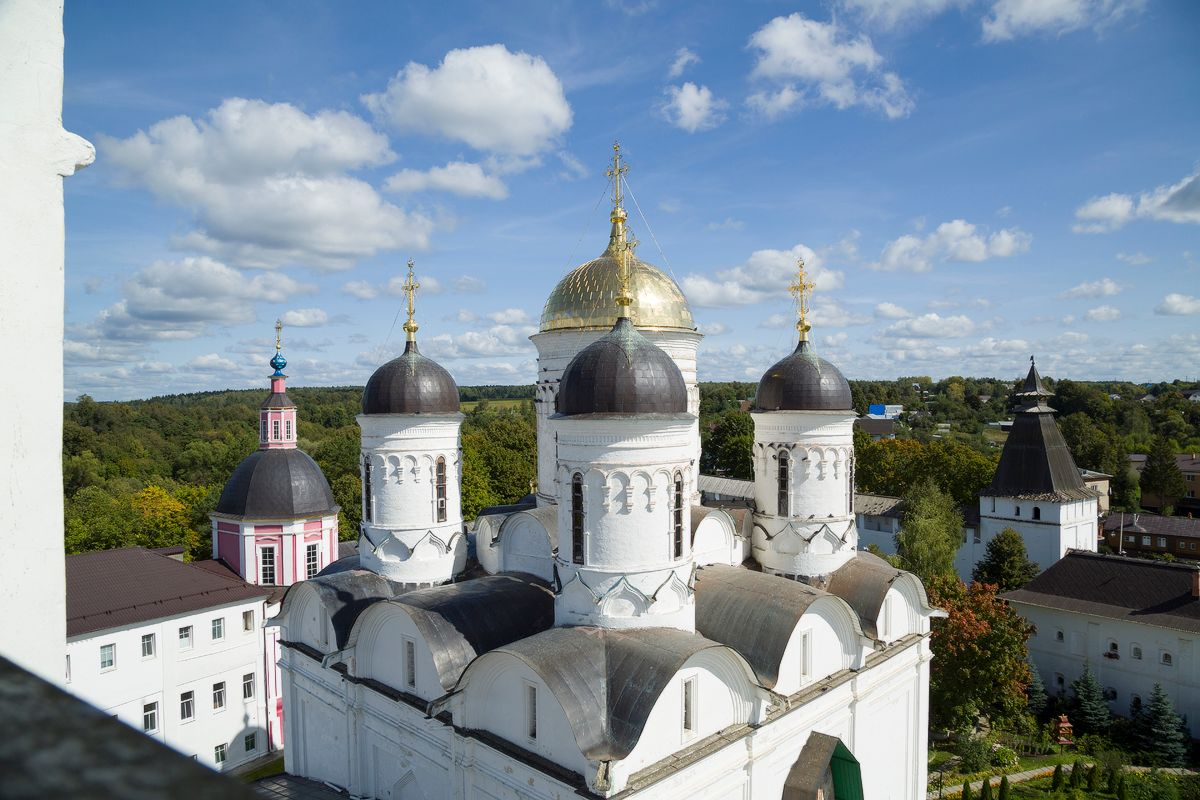 Парящие боровск монастырь