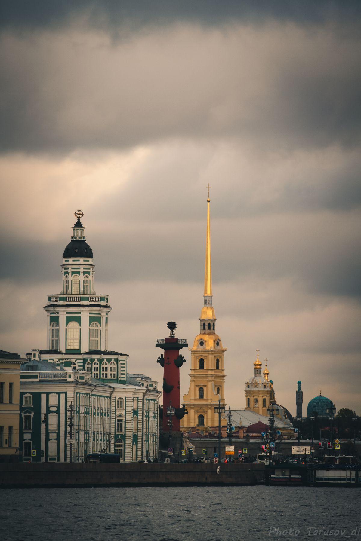 линия зданий Санкт-Петербург архитектура здания памятник