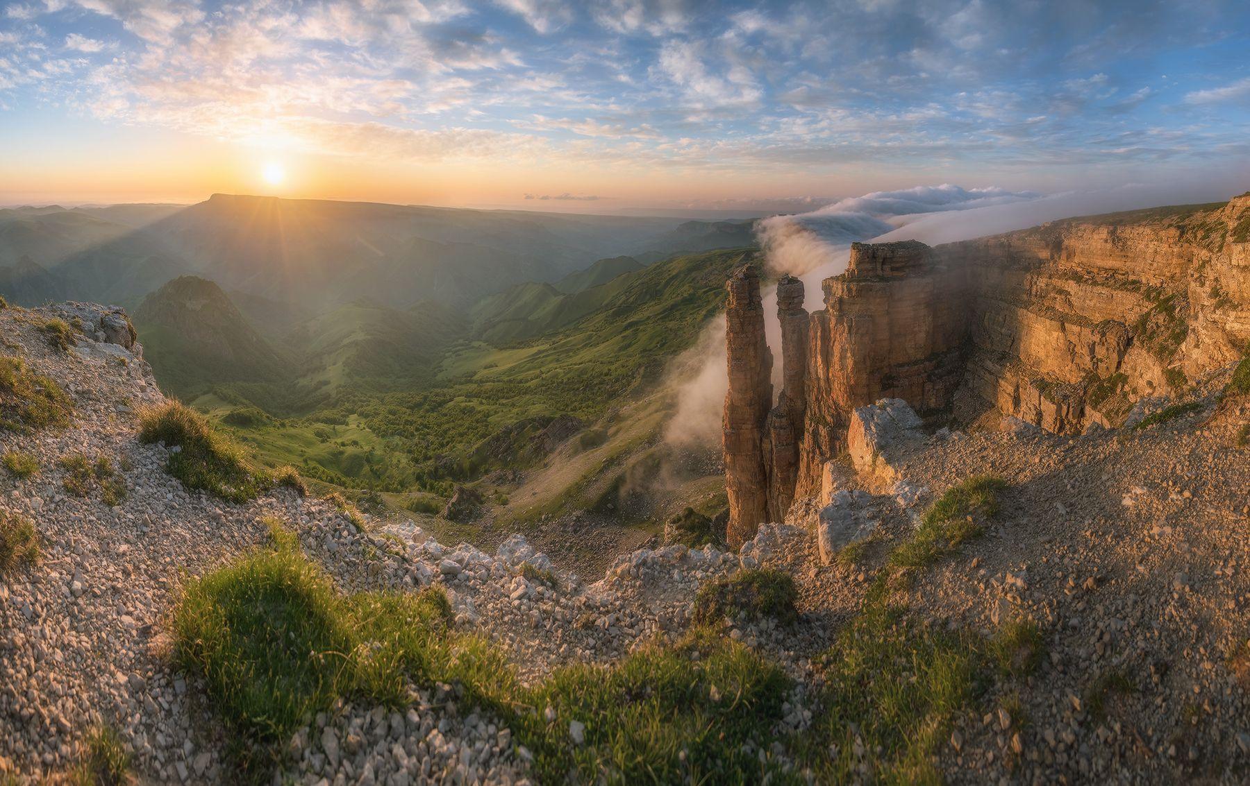 Бермамыт. Скалы Монахи. Северный кавказ карачаево-черкесия бермамыт скалы монахи закат июнь