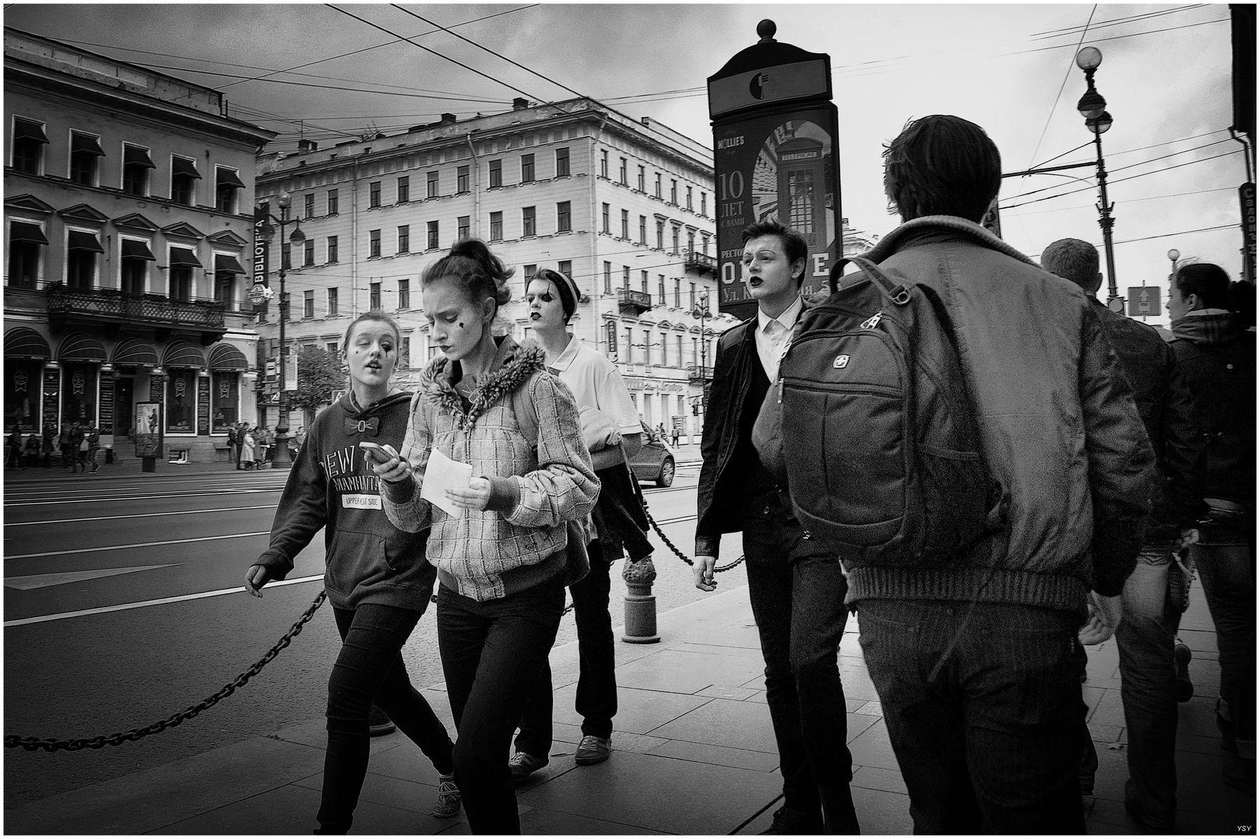 На невском проспекте... г. Санкт-петербург. путешествия чб