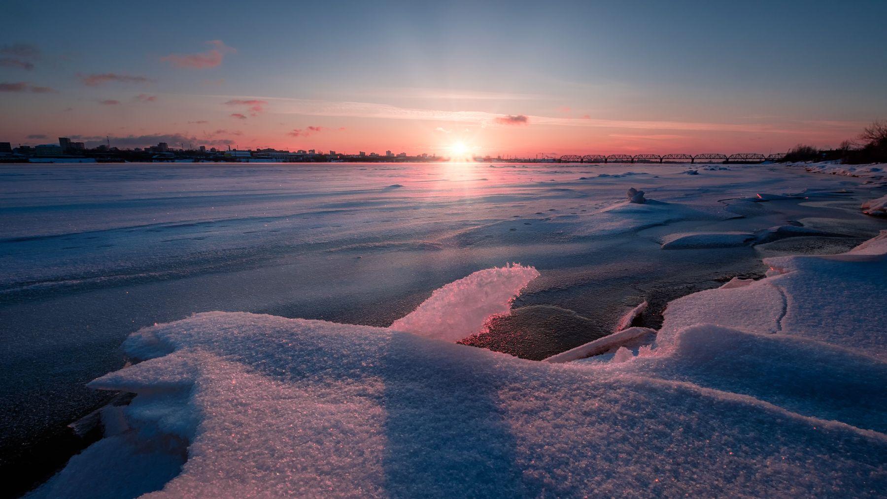 Торосы на Каме кама река зима январь лед мороз солнце закат