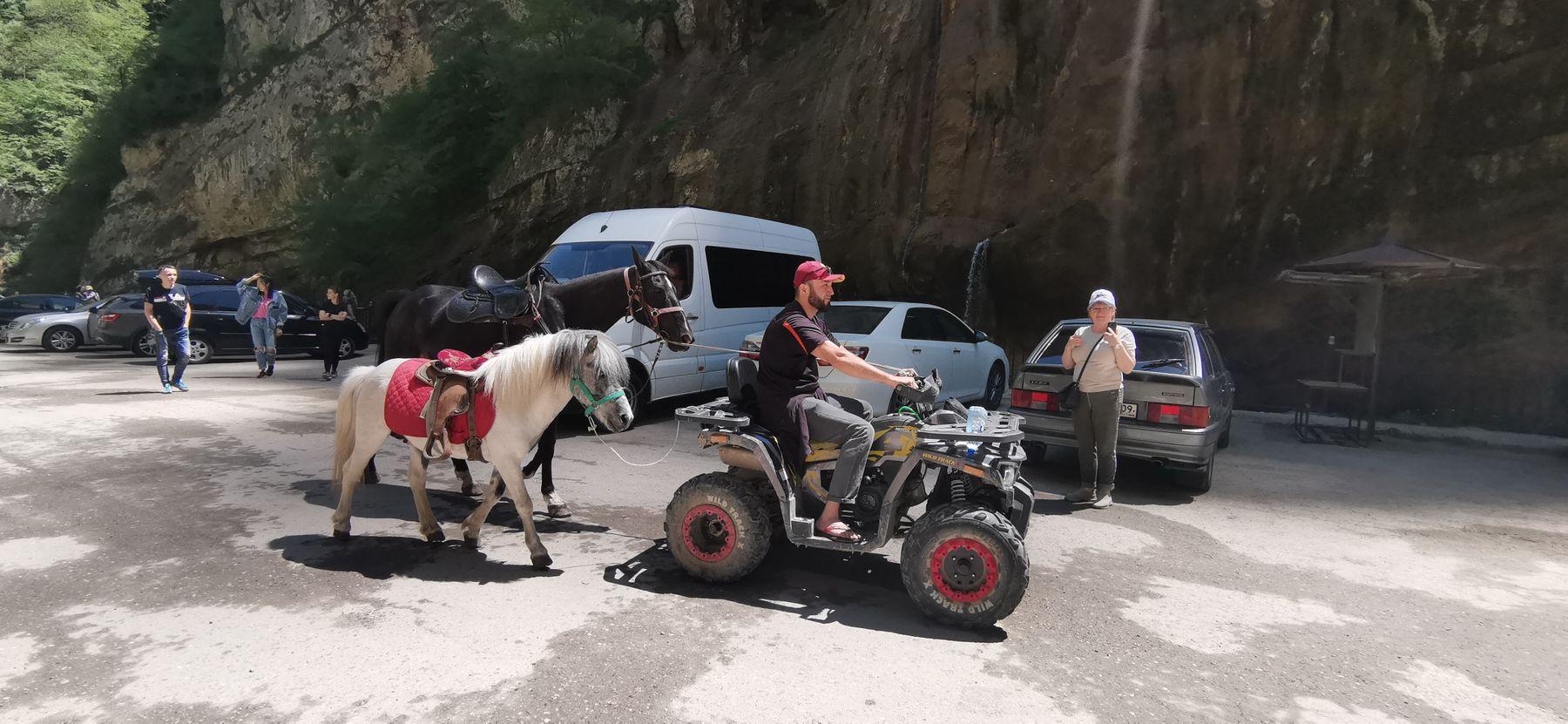 мотор мощностью в 1,5 лошадиные силы