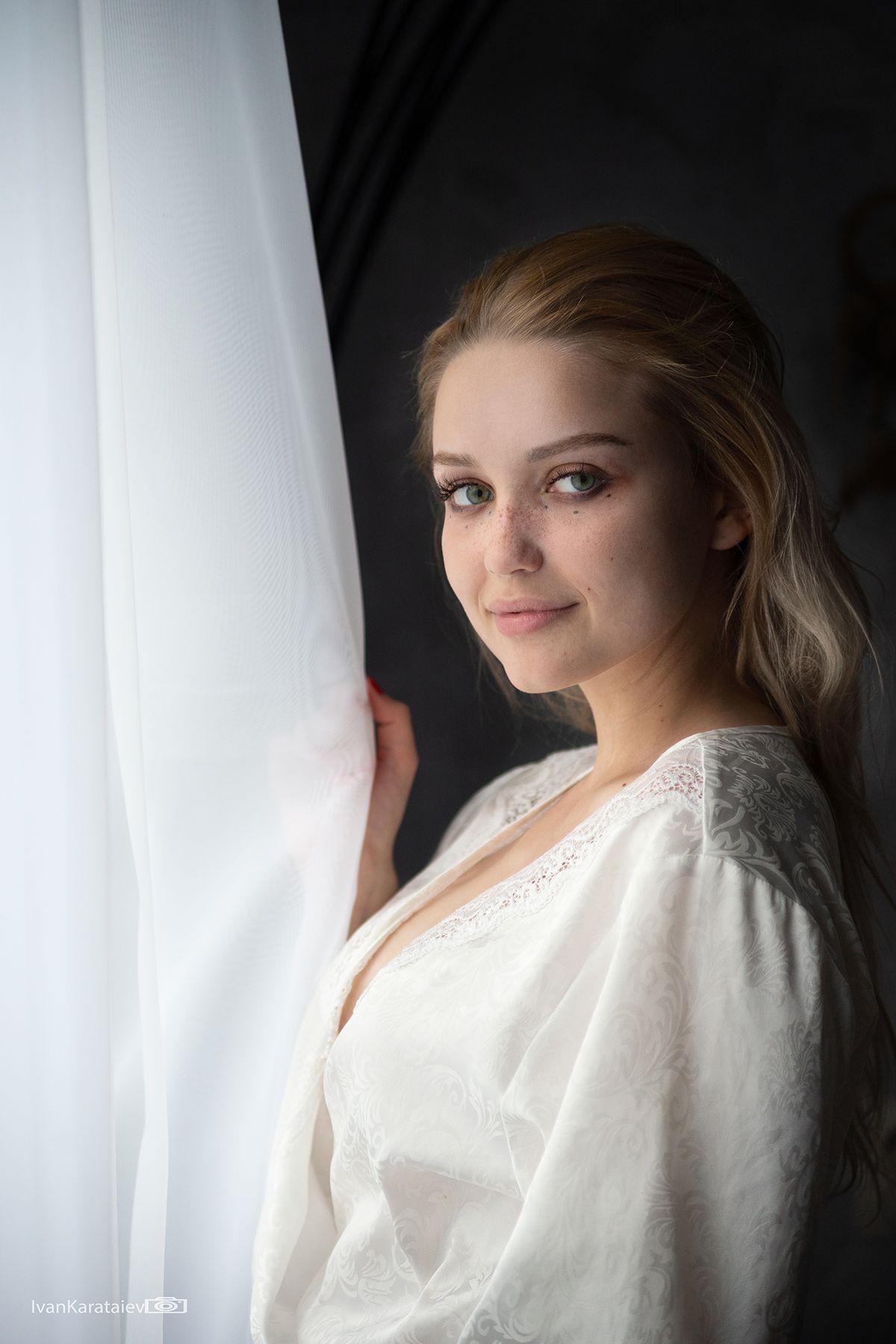 """Одиночество"", Мори девушка портрет блондинка"