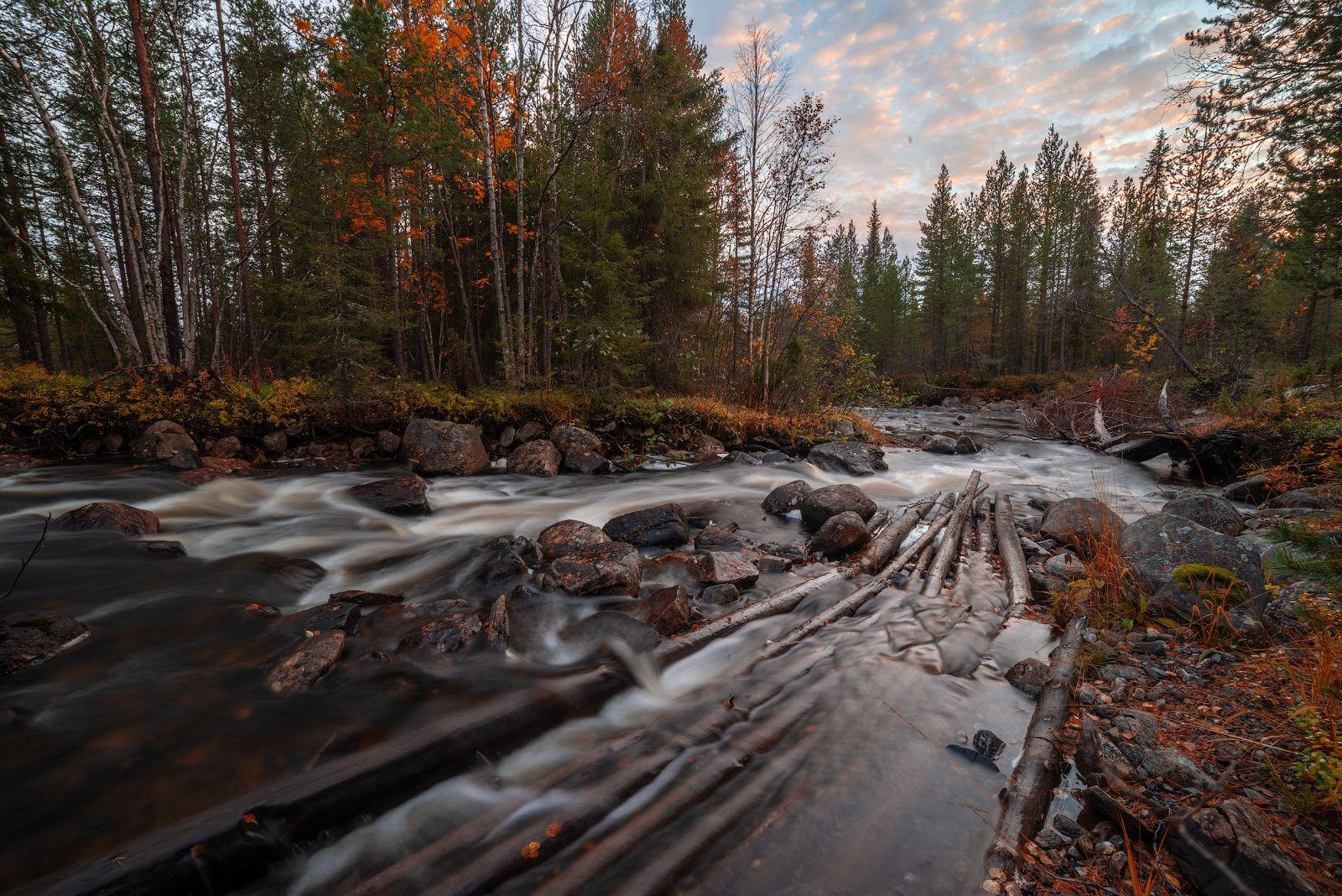 Река-осень. север Кольский Заполярье Хибины Имандра осень закат