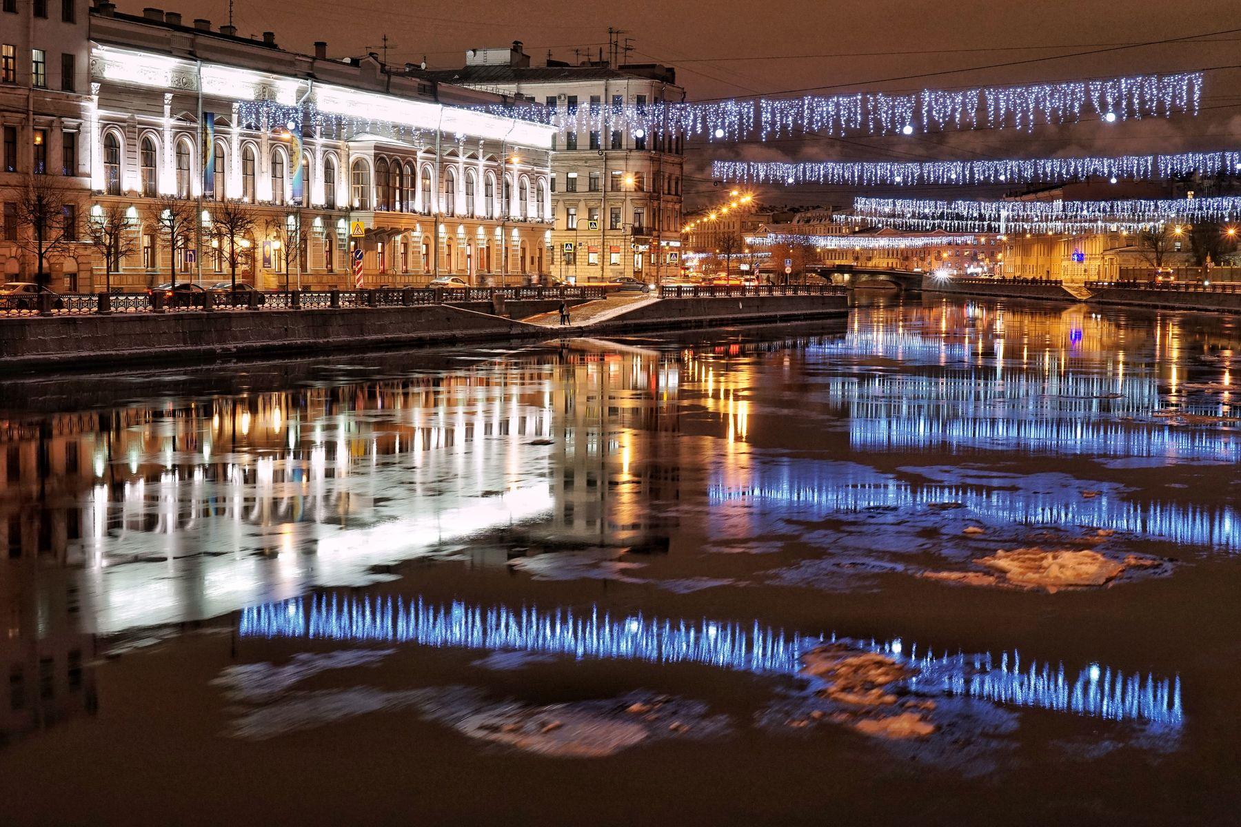 Санкт-Петербург в новогоднем убранстве.
