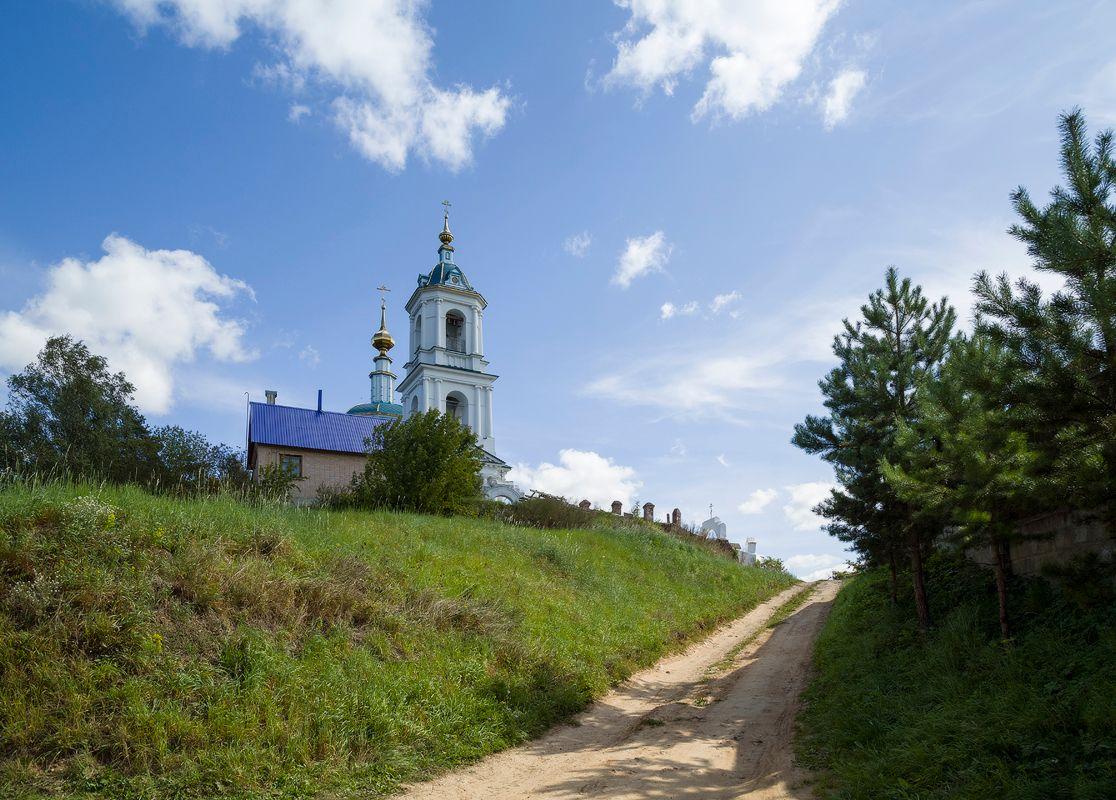 В селе Роща боровск церкви
