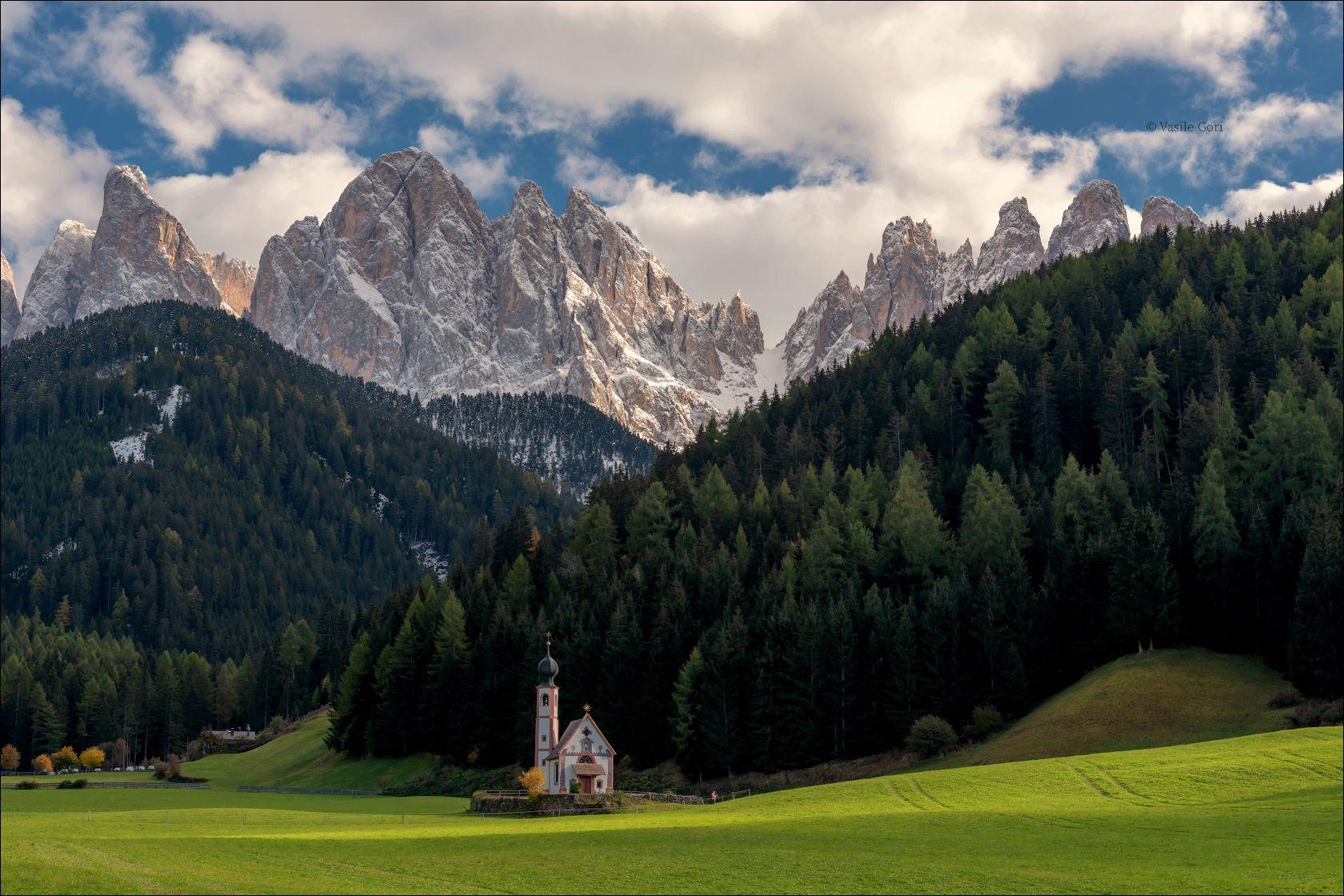 Odle доломиты альпы италия alps Santa Maddalena деревня italy осень dolomites свет