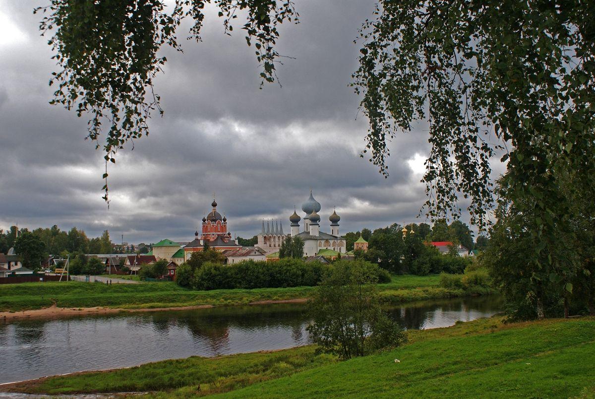 Тихвин тихвин монастырь город