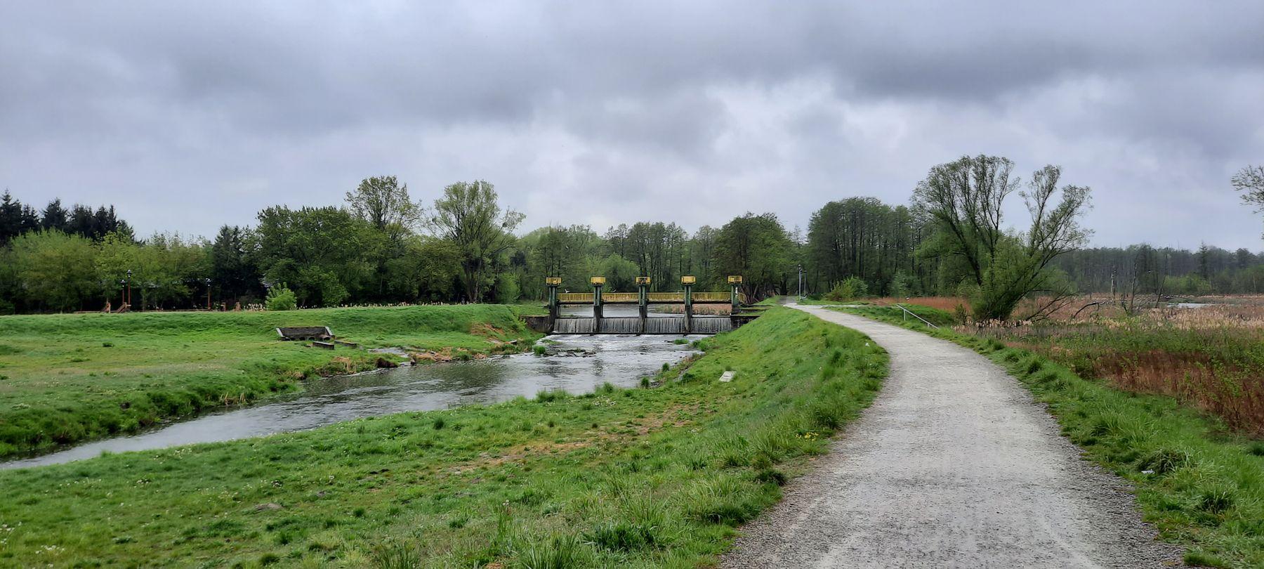 плотина на реке плотина река ландшафт