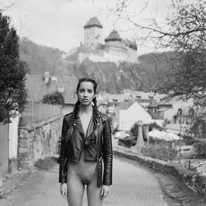 Viviane at castle Karlstejn