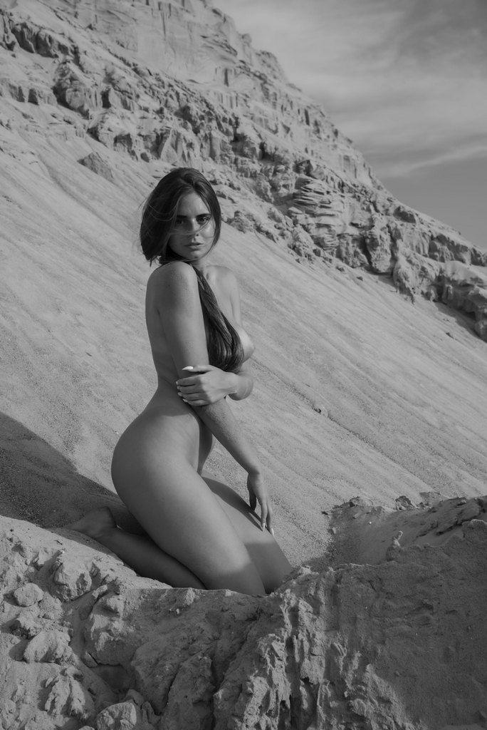 В песках......
