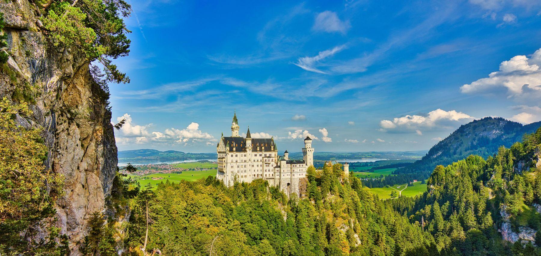 Нойшванштайн - сказочный замок