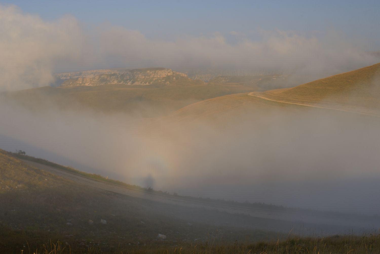 Призрак Броккена горы Кавказ закат туман призрак Броккена