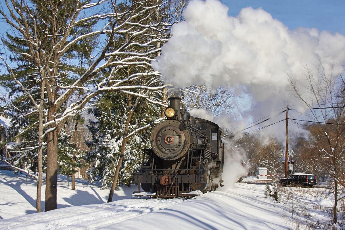 Однажды зимой паровоз ретро зима