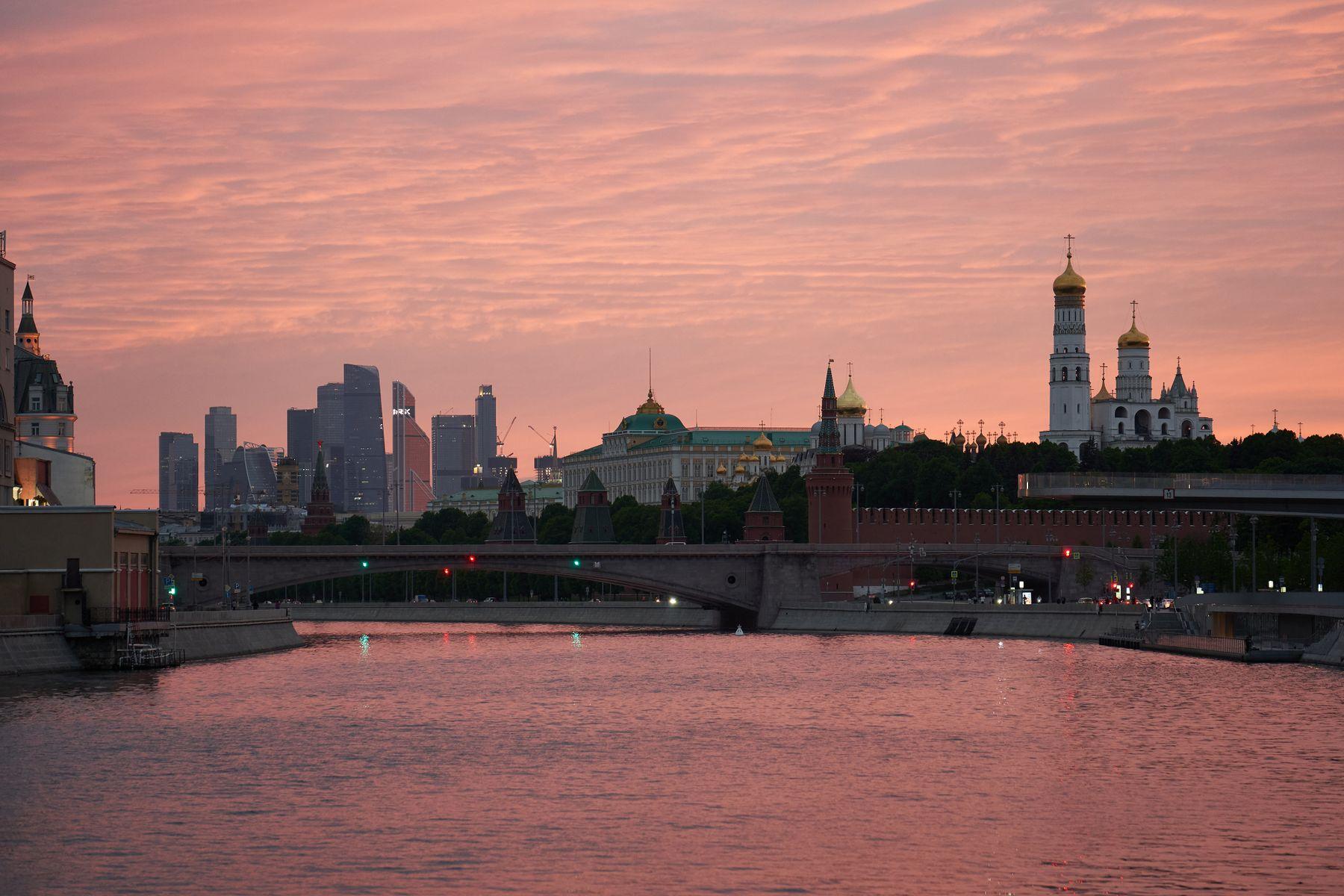 Вечерняя Москва в мае вечер Москва май