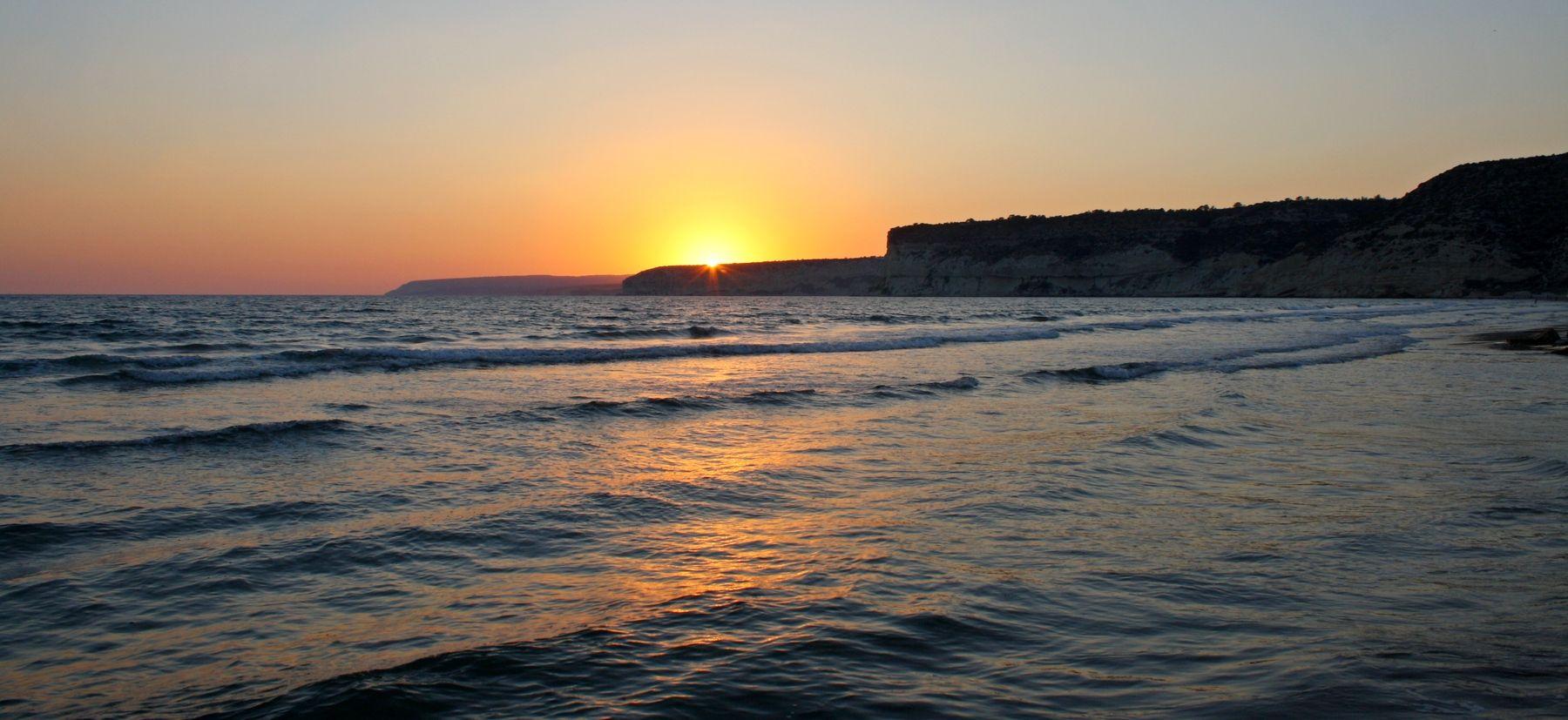 Закат в Эпископи кипр курион вечер море закат
