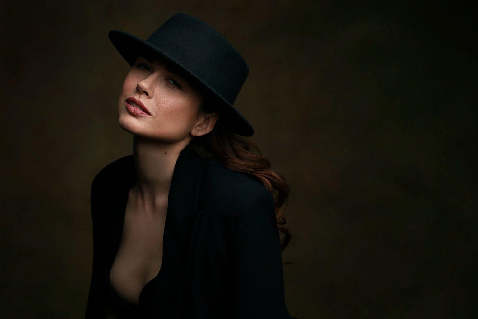 Алина Студийный портрет