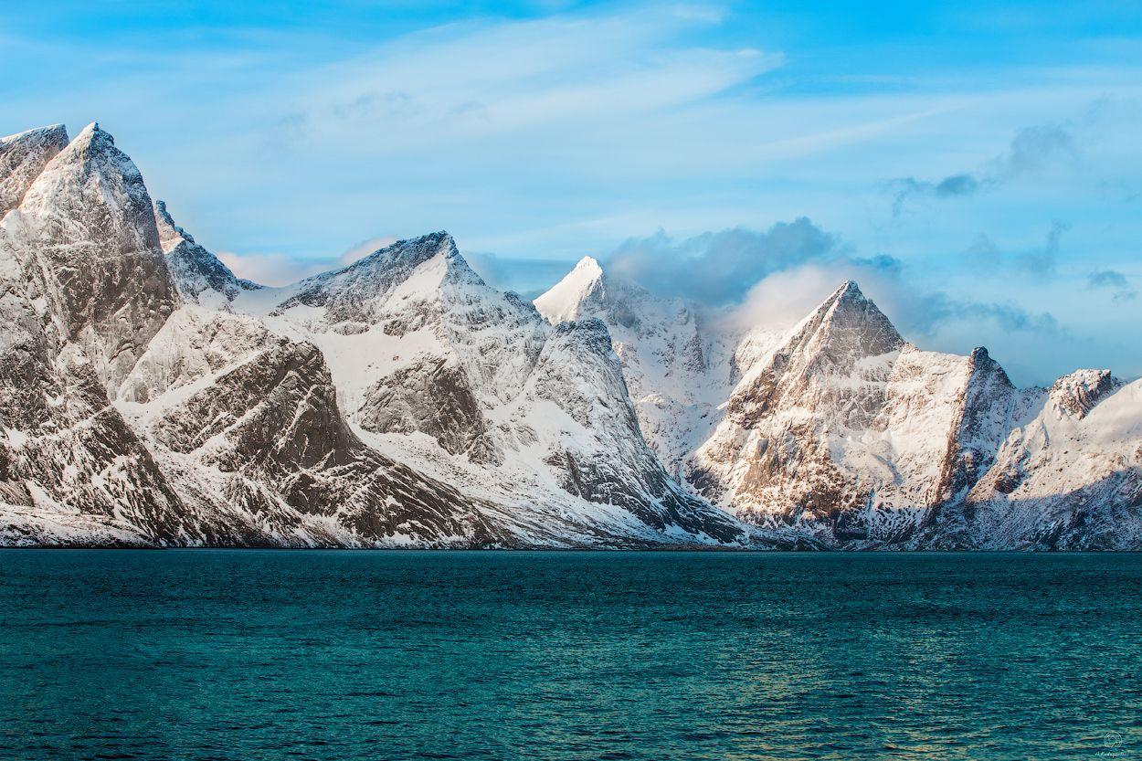 """""""Лучше гор могут быть только горы"""" / Norway / Lofoten Пейзаж природа Norway Lofoten вода небо путешествие горы"""