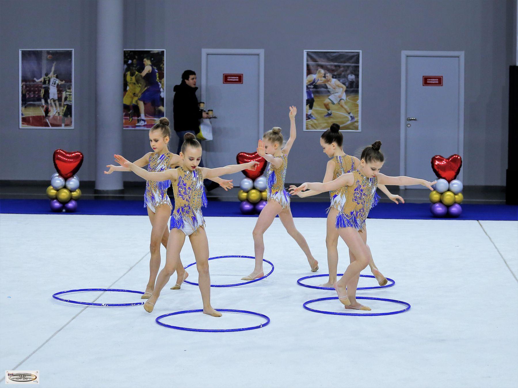 Пять не олимпийских колец обручи художественная гимнастика