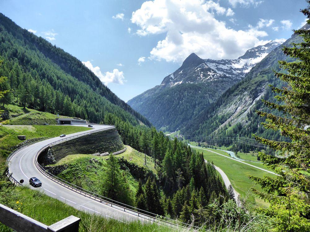 ride down from the Felbertauerntunnel to Lienz, Austria