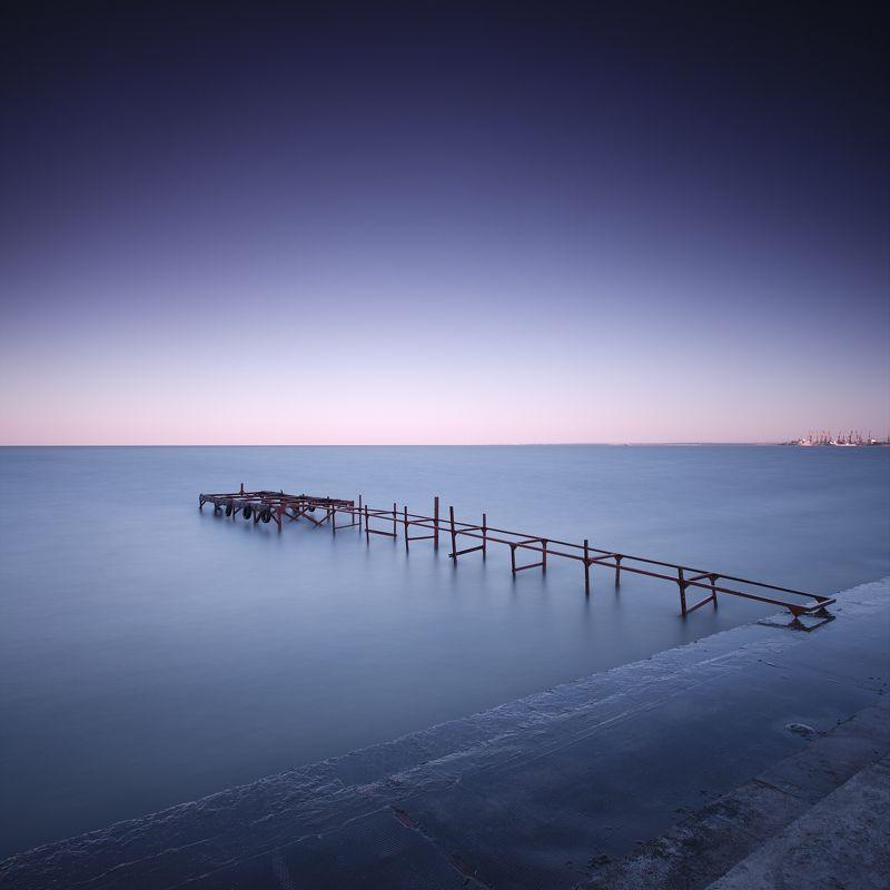 The best is yet to come #2 пирс мостик набережная море вода горизонт утро небо квадрат минимализм длинная выдержка