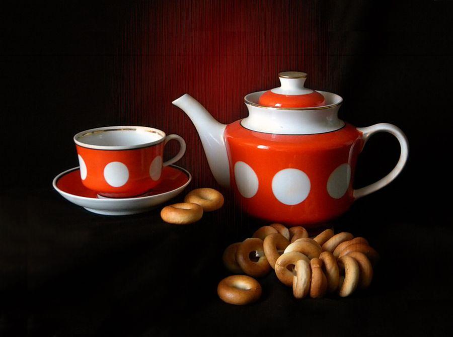 Учебная композиция с чайником и чашкой чайник чашка сушки этюд композиция