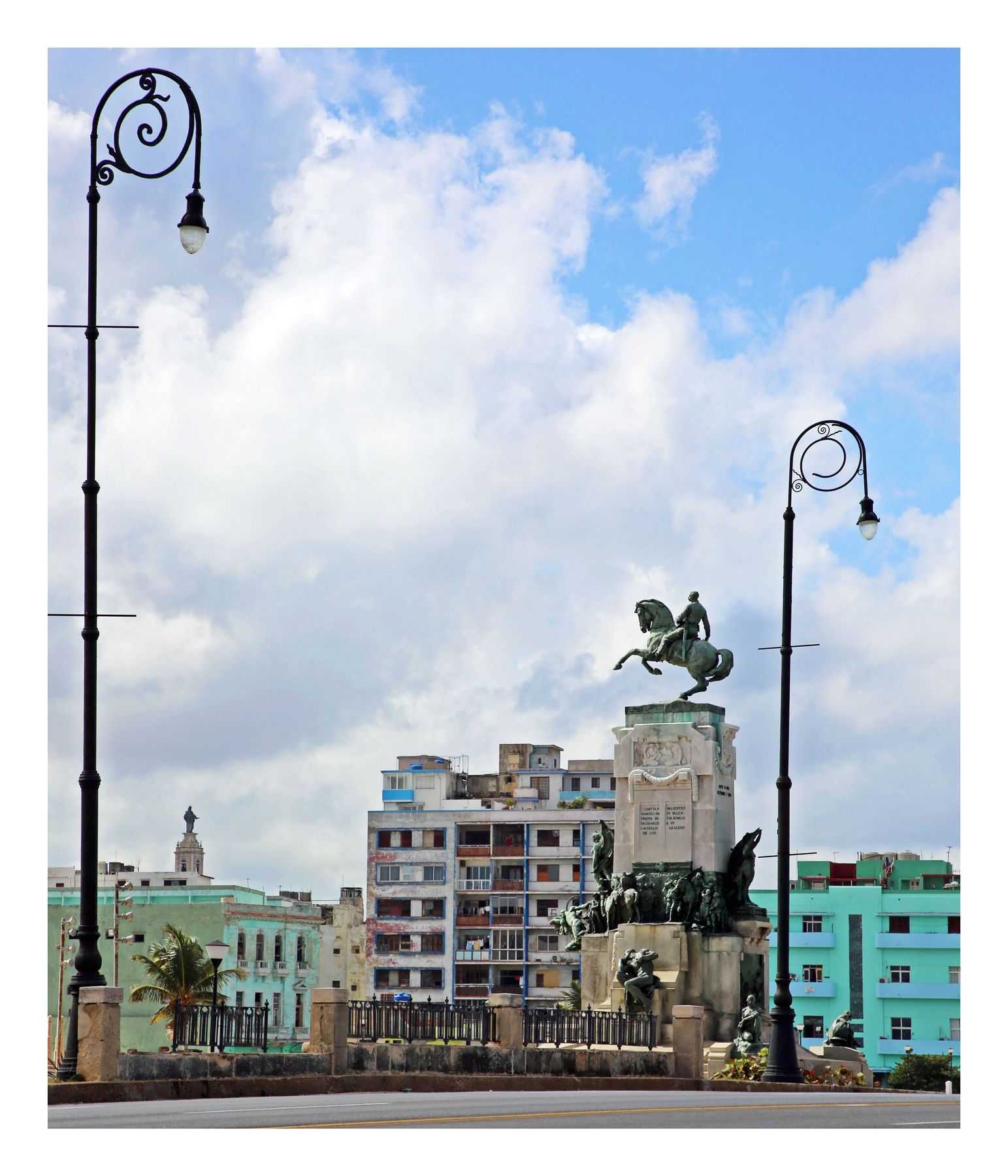 Parque Antonio Maceo cuba la habana vieja libre isla bonita cubanos parque antonio maceo