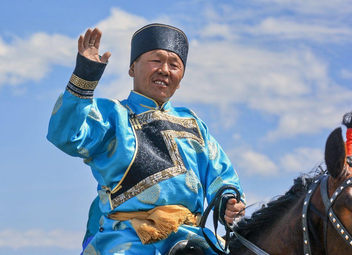 Чингисхан? Цеденбал? Бату-хан? монгольский воин этнофестиваль подготовка