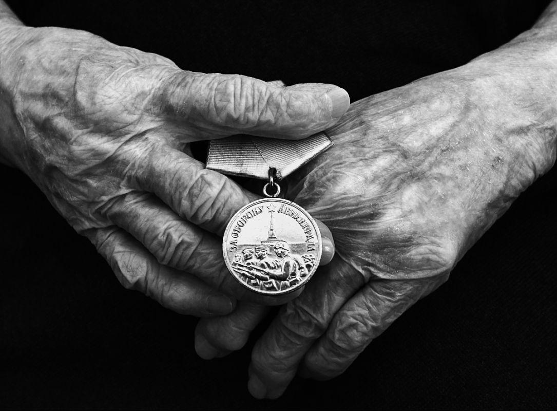 К 75-и летию прорыва блокады Ленинграда. война блокада Ленинграда прорыв блокады медаль за оборону