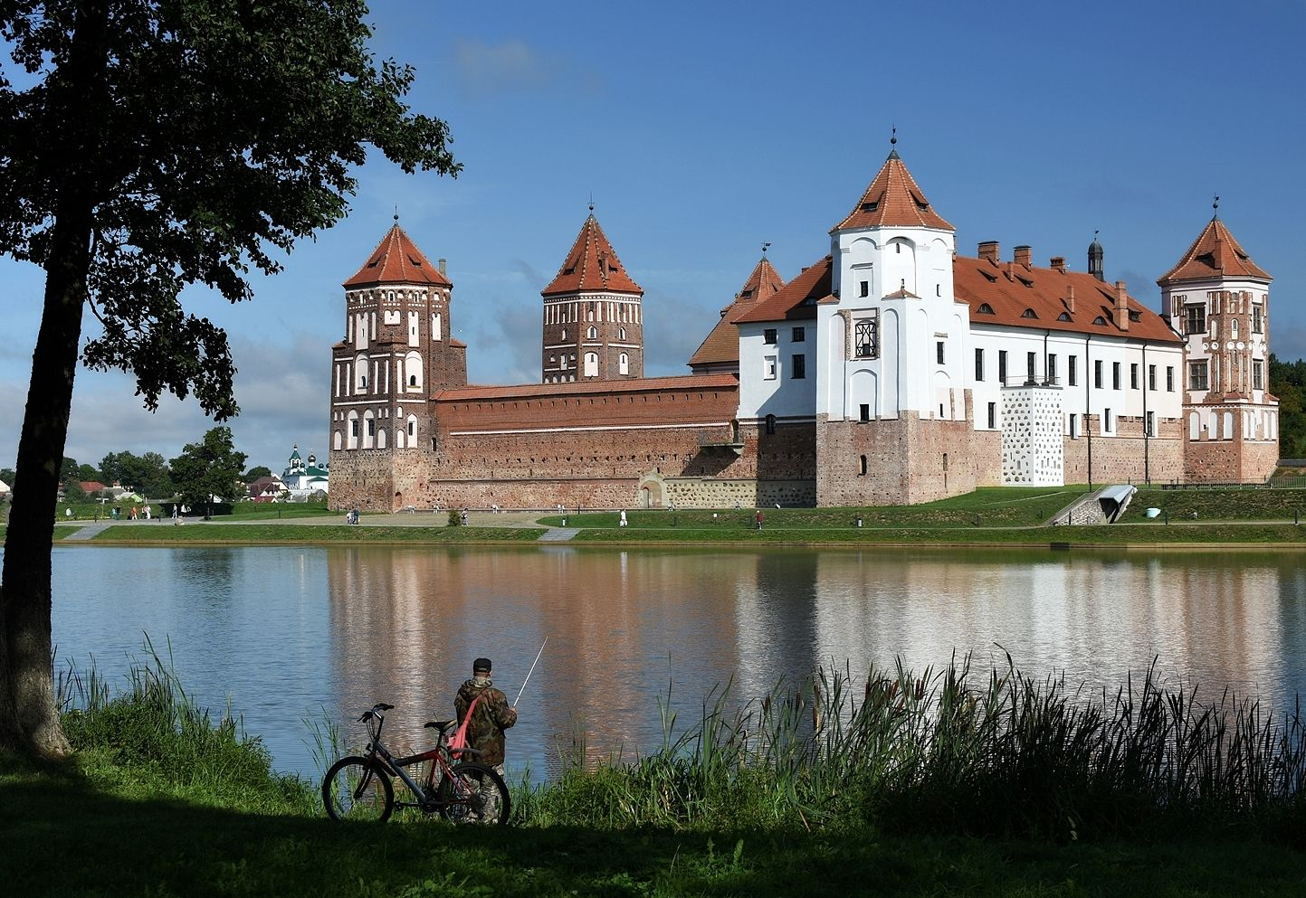 Мирский замок...