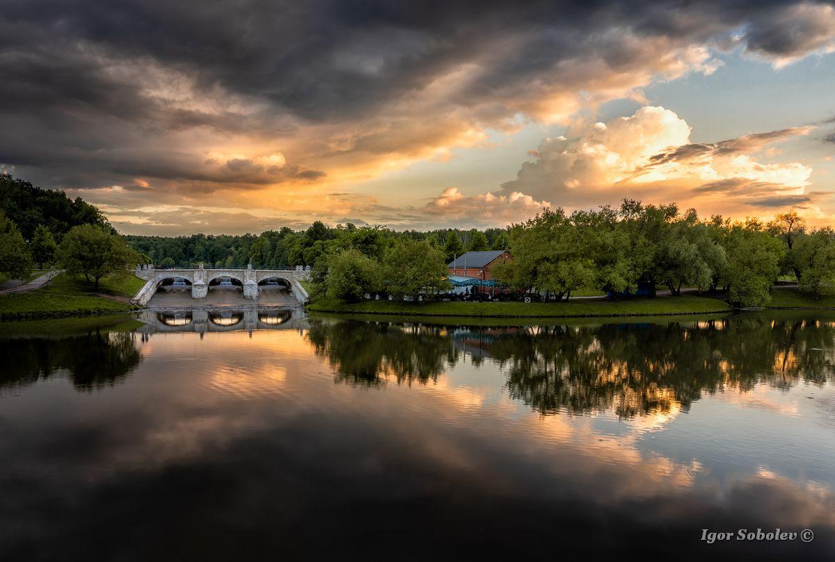 Облачное Царицыно Москва закат вечер