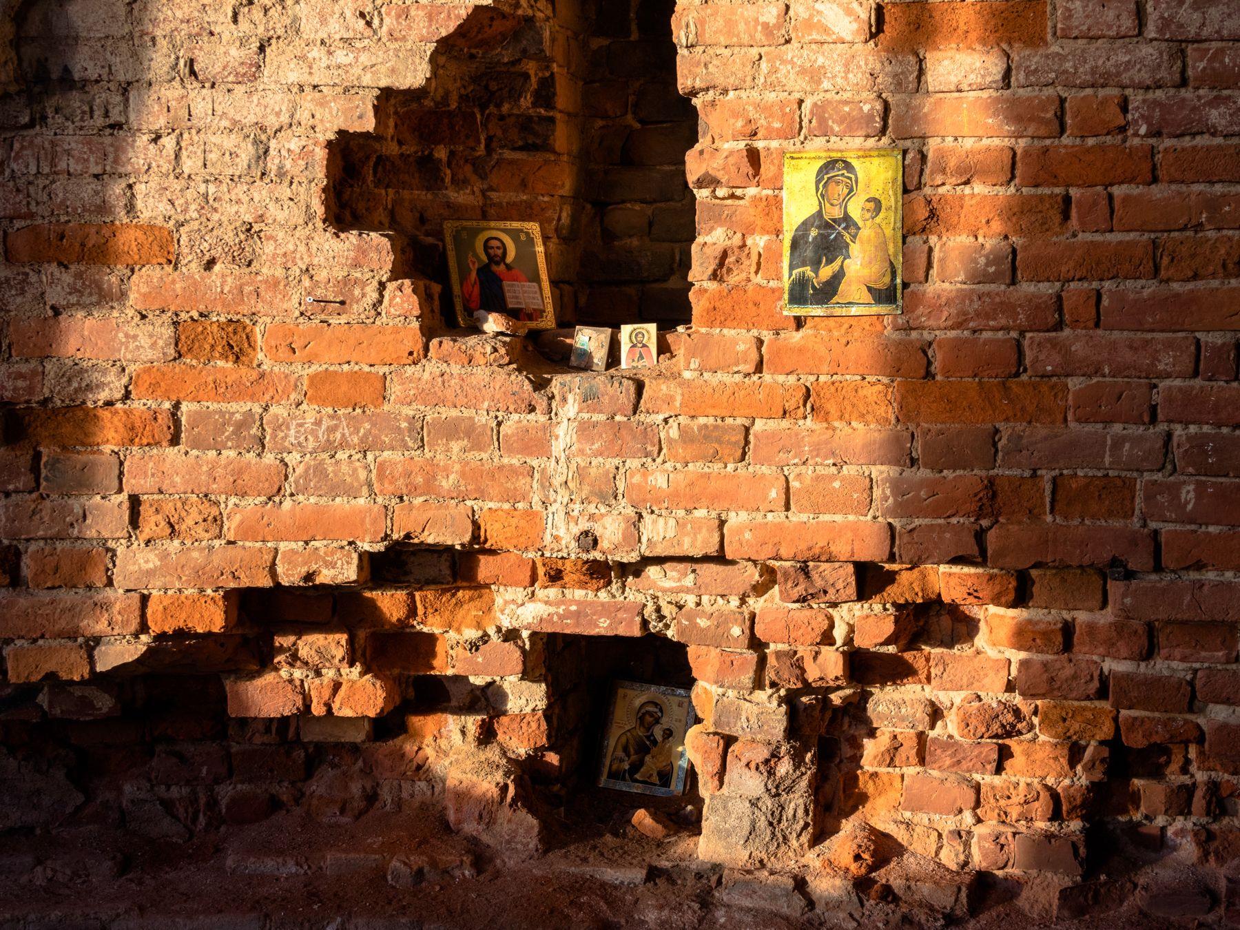 Разрушить можно храм, но не веру