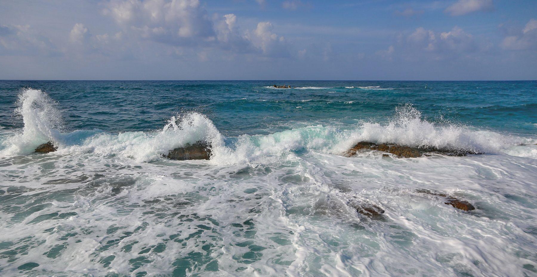 ***волнуется  море вечернее шторм вечер море волны