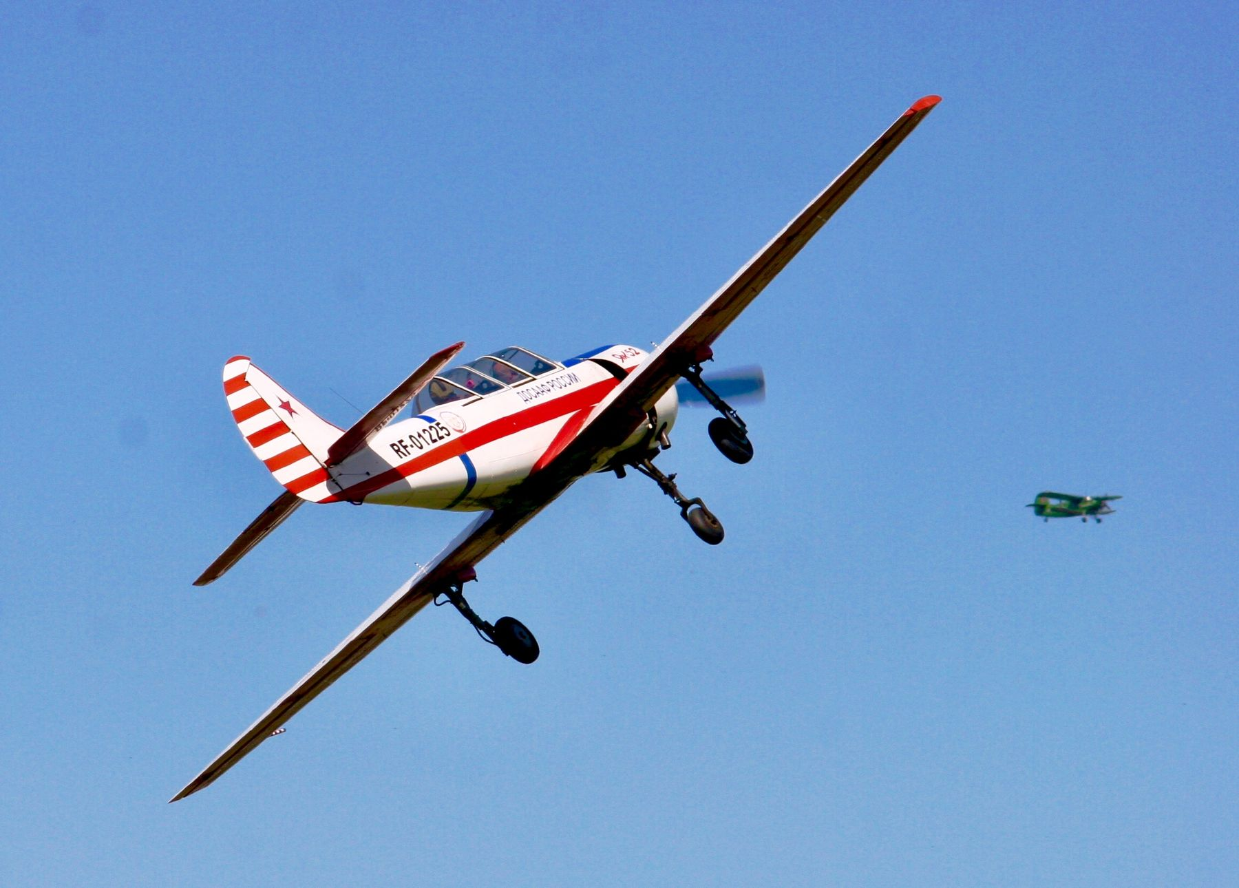 Як52 и Ан2 як52 ан2 самолет самолеты