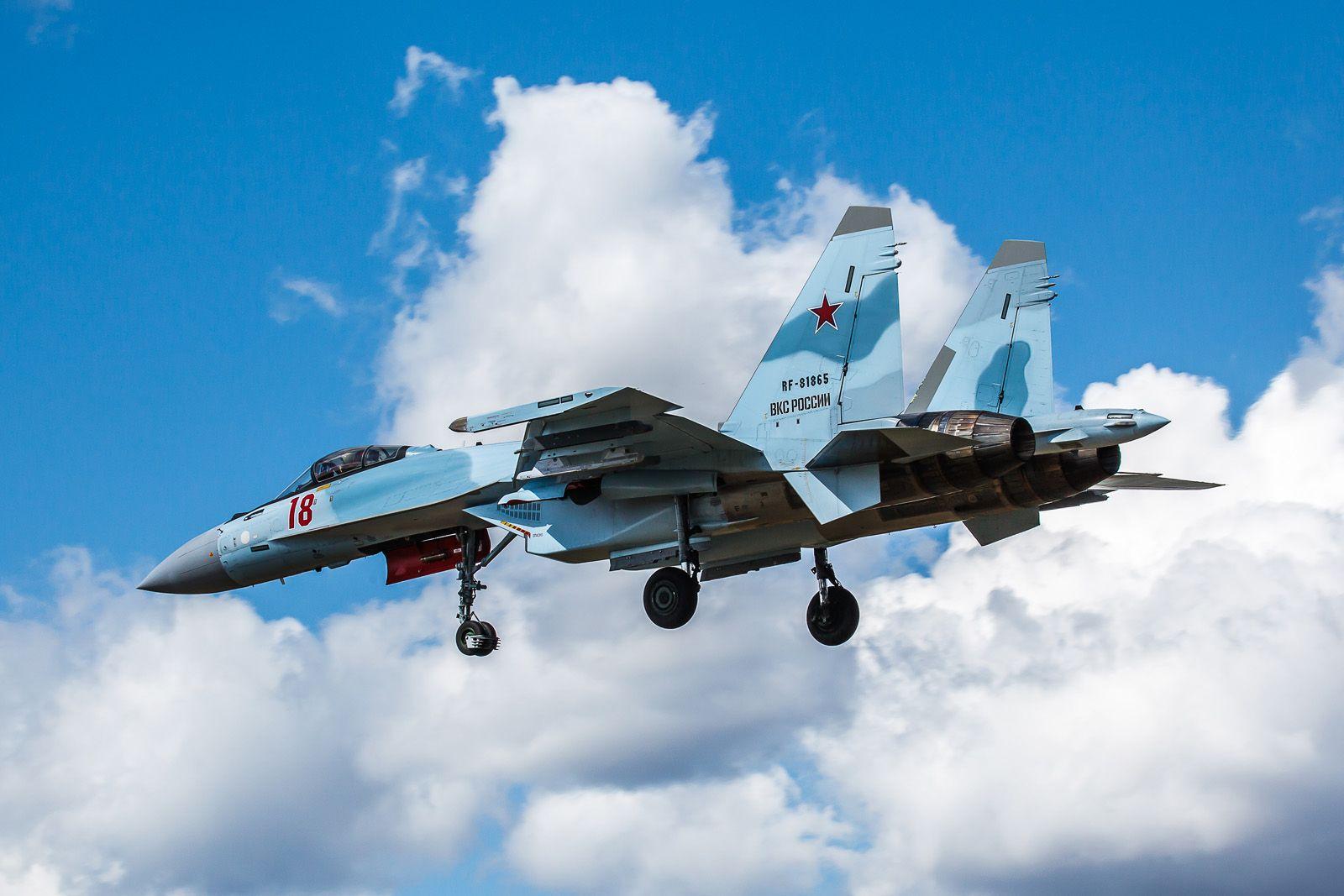 18-й авиабаза Кубинка Су-35С репетиция Парад