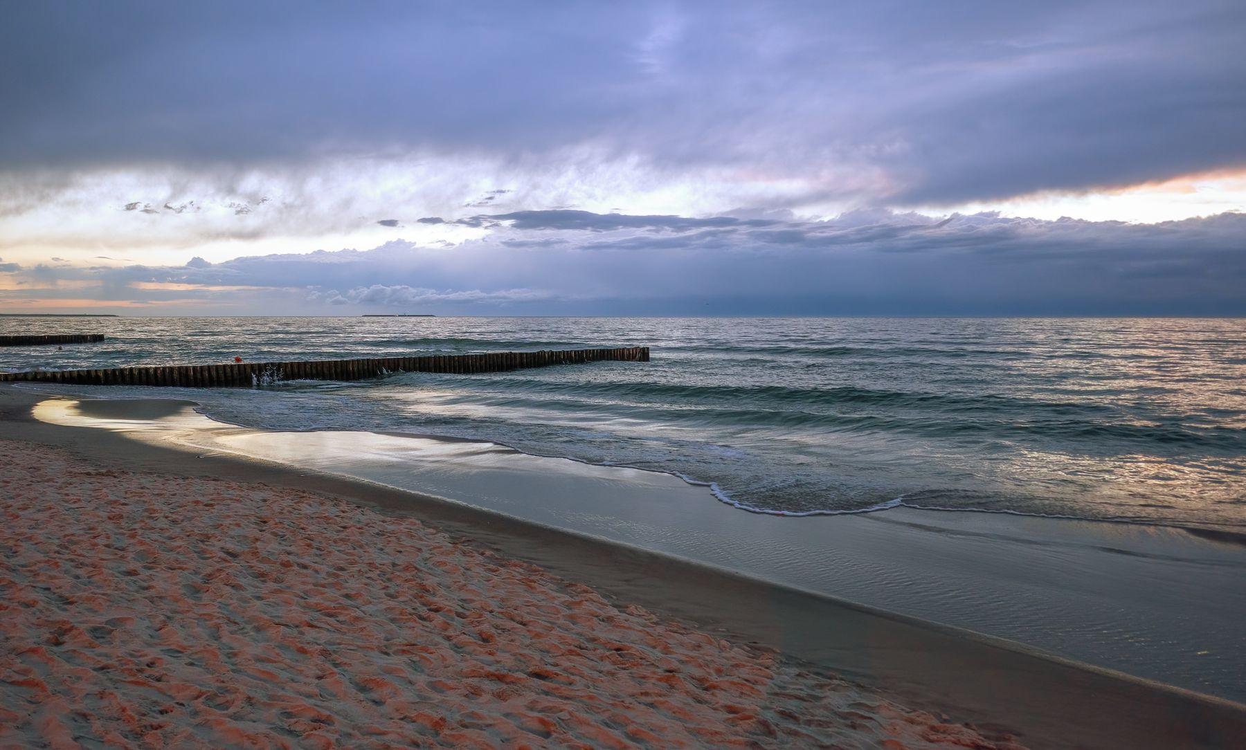 Море в Зеленоградске Зеленоградск