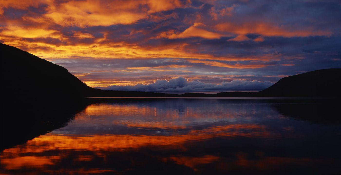 Закат над Пайкуньявром Хибины Кольский полуостров Пайкуньявр Гольцовое