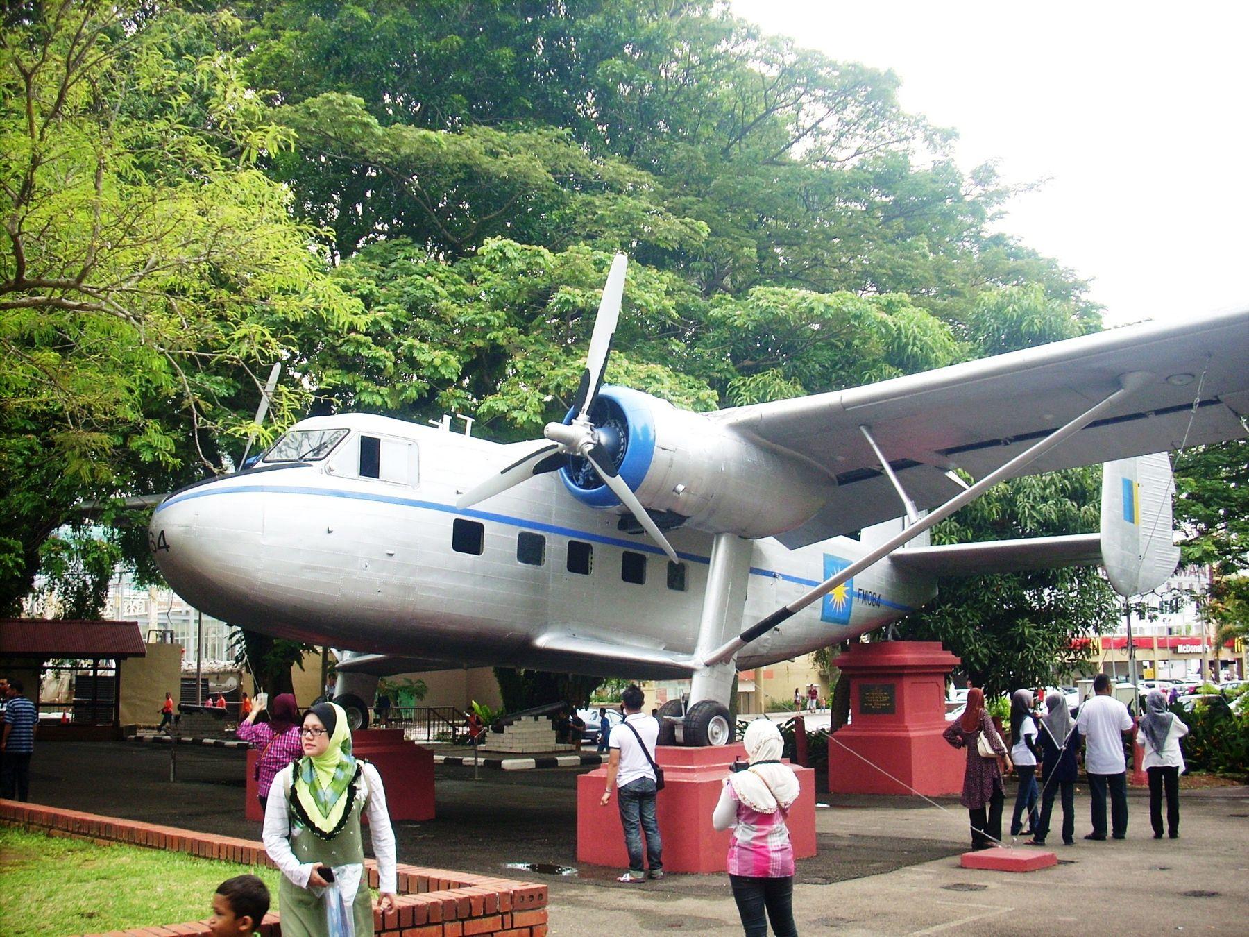 "Scotish Aviation ""Twin Pioneer"" Самолет техно"