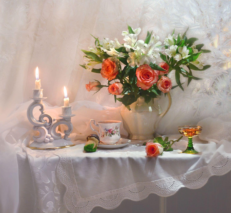 ...вечер зимний, таинственный, снежный... декабрь зима подсвечник ремер розы свечи фарфор фото натюрморт цветы чашка