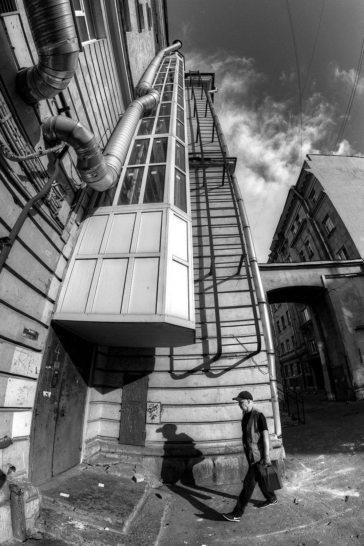 Про лифт и дворы. питер город санкт-петербург двор лифт