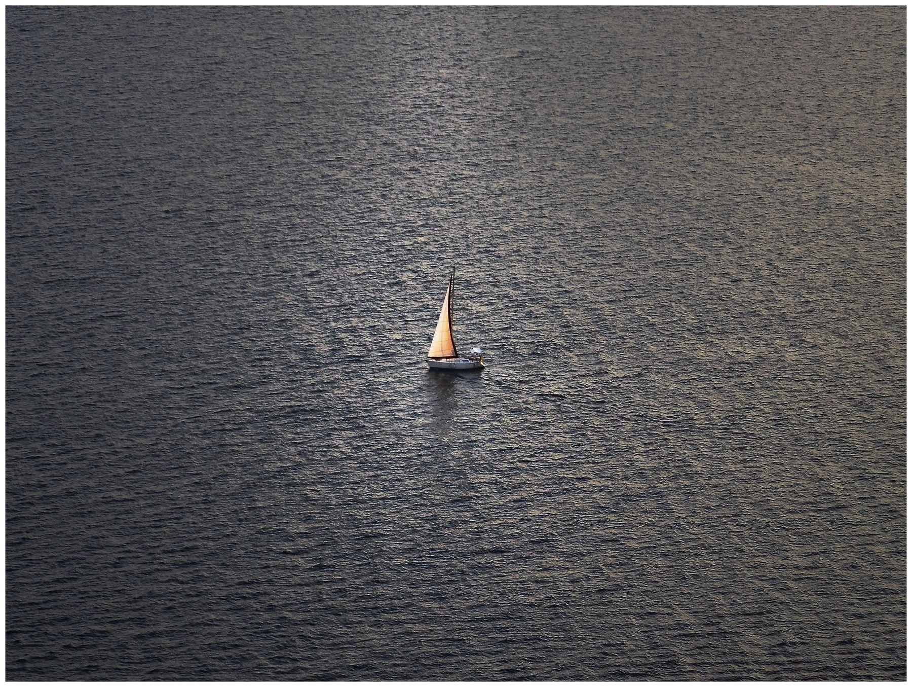 Парус одинокий (морской минимализм) Море
