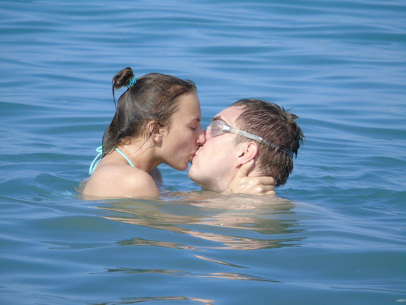 Любовь Любовь двое он она Сочи лето