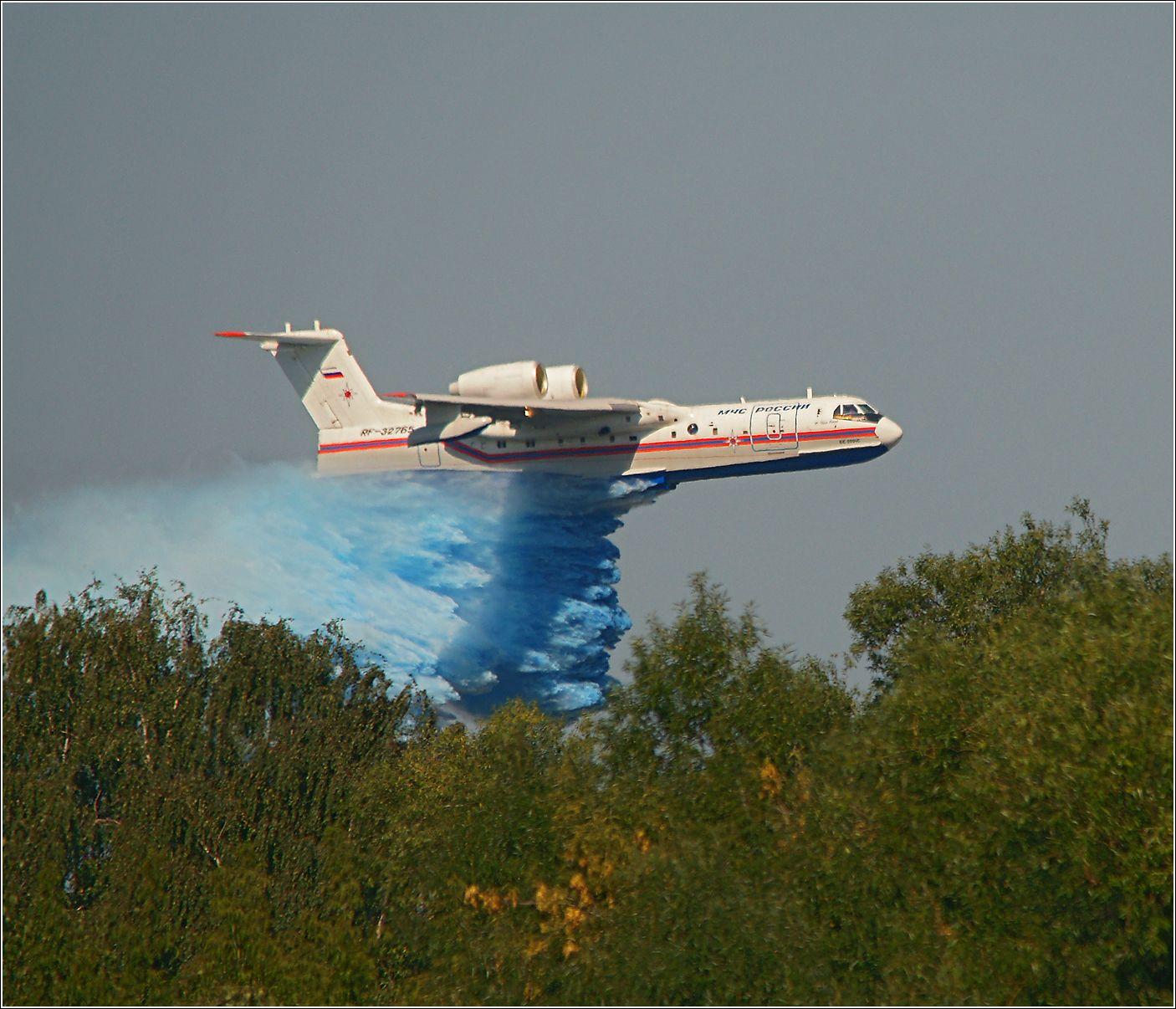Бе-200 Бе-200 авиация самолет полет сброс воды МАКС-2011 Жуковский