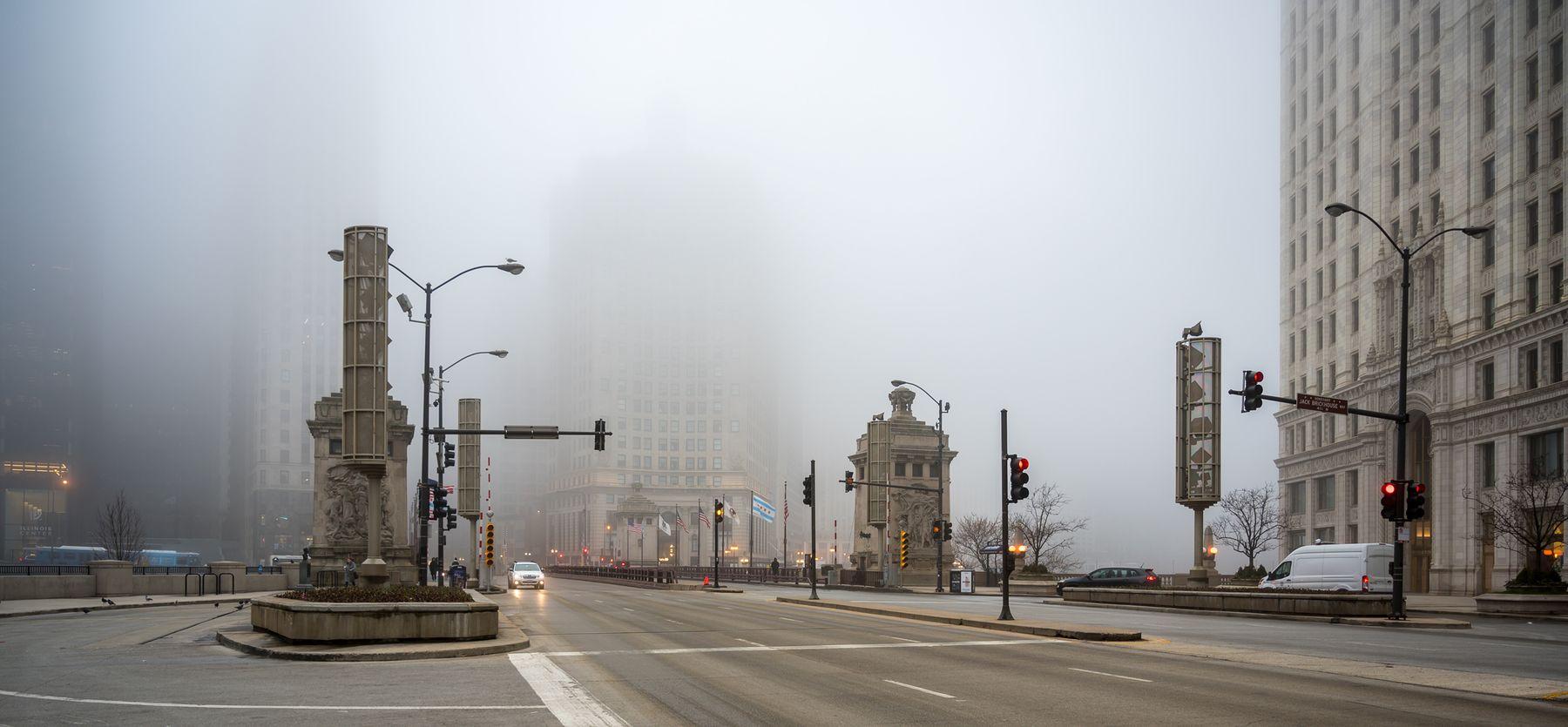 Туман в большом городе Чикаго туман