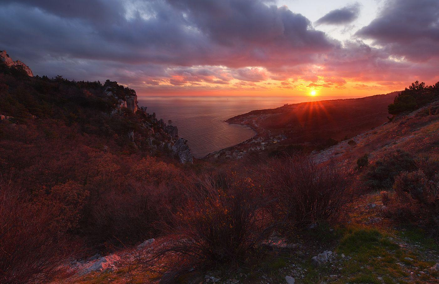 *Кацивели* море горы закат Крым