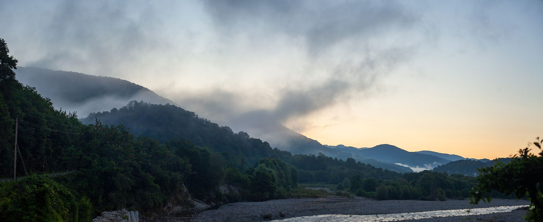 Утро в долине реки Аше река Аше туман утро кавказ