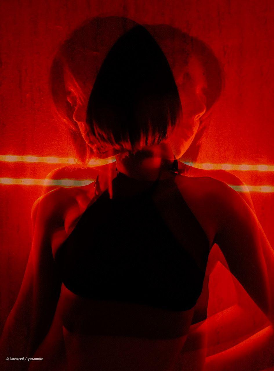 Двойственность Двойная экспозиция красный девушка топ губы